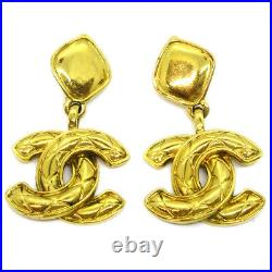 CHANEL CC Quilted Charm Shaking Earrings Clip-On Gold-Tone Accessories 34943