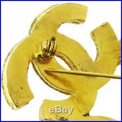 CHANEL Triple CC Logos Charm Brooch Pin Corsage Gold-Tone 94A Vintage AK40932