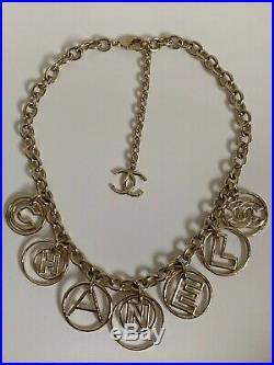 NIB Chanel Coco Cuba Letter CC Logo Round Charm Gold Tone Chain Collar Necklace